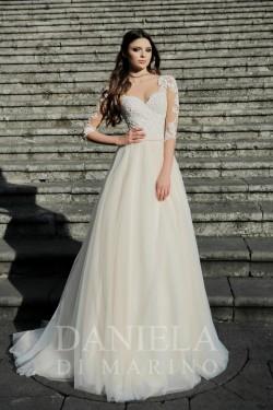 ABRIL (Daniela Di Marino)