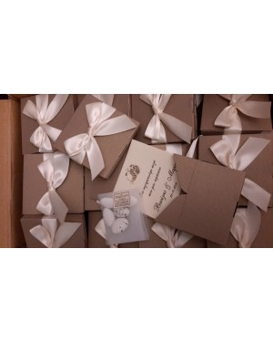 wa16 κουτί με ευχαριστήριο
